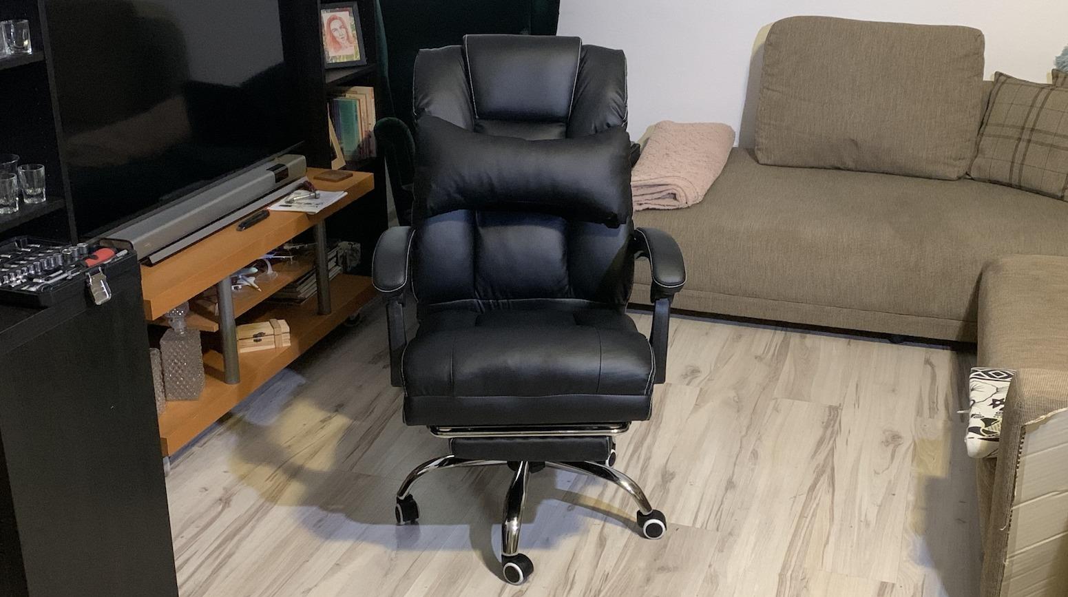 Blitzwolf OC1 je extrémne pohodlná kancelárska stolička